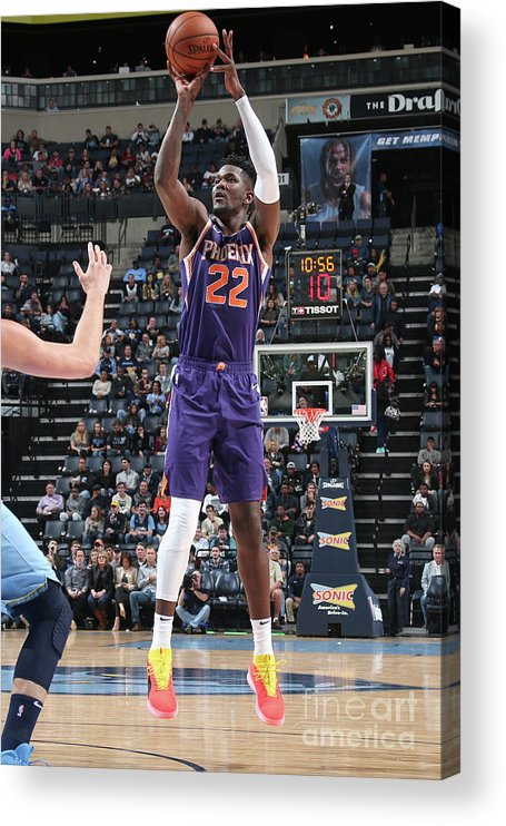 Nba Pro Basketball Acrylic Print featuring the photograph Phoenix Suns V Memphis Grizzlies by Ned Dishman