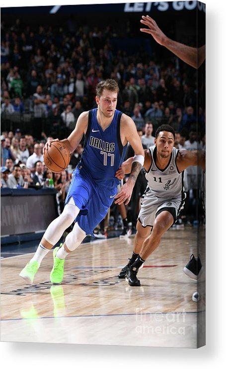 Nba Pro Basketball Acrylic Print featuring the photograph San Antonio Spurs V Dallas Mavericks by Glenn James