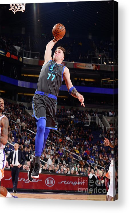 Nba Pro Basketball Acrylic Print featuring the photograph Dallas Mavericks V Phoenix Suns by Barry Gossage