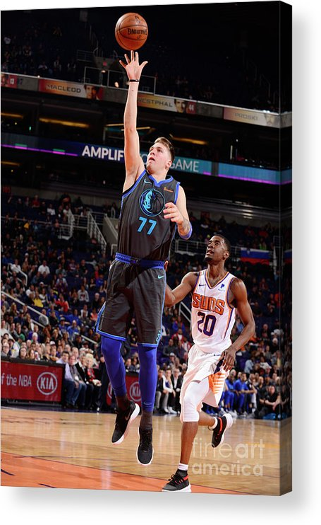 Nba Pro Basketball Acrylic Print featuring the photograph Dallas Mavericks V Phoenix Suns by Barry Gossage