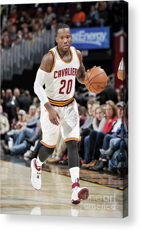 Nba Pro Basketball Acrylic Print featuring the photograph Memphis Grizzlies V Cleveland Cavaliers by David Liam Kyle