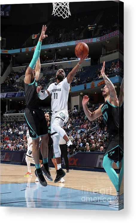 Nba Pro Basketball Acrylic Print featuring the photograph Charlotte Hornets V Memphis Grizzlies by Joe Murphy