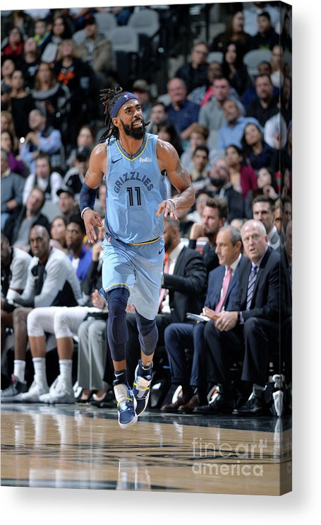 Nba Pro Basketball Acrylic Print featuring the photograph Memphis Grizzlies V San Antonio Spurs by Mark Sobhani