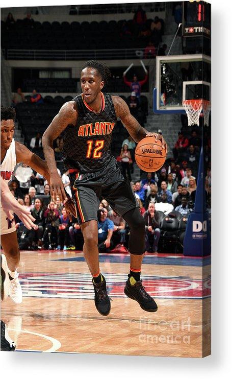 Nba Pro Basketball Acrylic Print featuring the photograph Atlanta Hawks V Detroit Pistons by Chris Schwegler