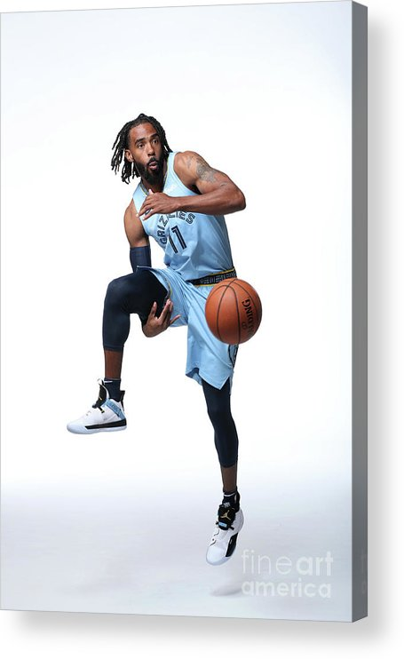 Media Day Acrylic Print featuring the photograph 2018-19 Memphis Grizzlies Media Day by Joe Murphy
