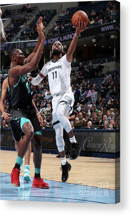 Nba Pro Basketball Acrylic Print featuring the photograph Charlotte Hornets V Memphis Grizzlies by Joe Murphy