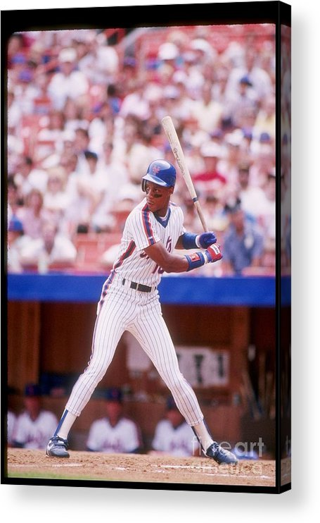 1980-1989 Acrylic Print featuring the photograph Darryl Strawberry by Getty Images
