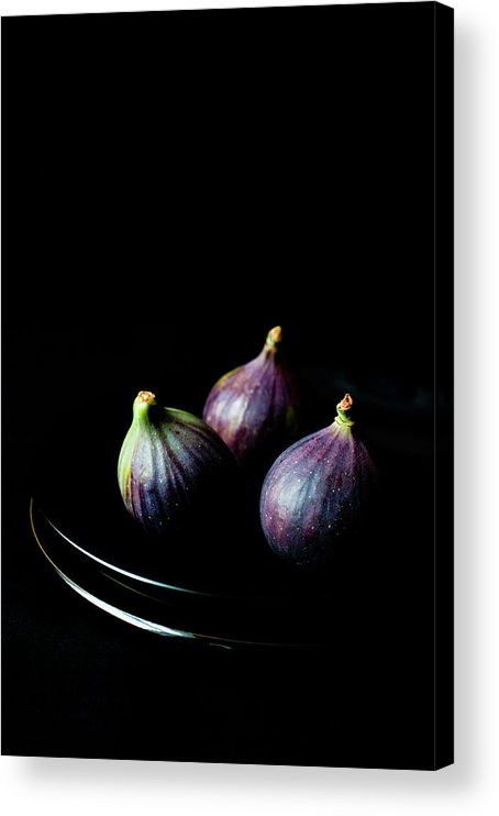 Black Background Acrylic Print featuring the photograph Fresh Figs On Black Background by Sarka Babicka