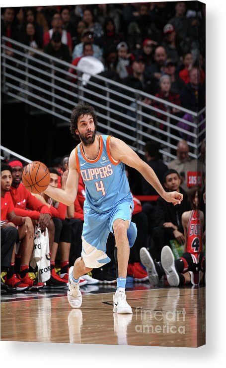 Nba Pro Basketball Acrylic Print featuring the photograph La Clippers V Chicago Bulls by Gary Dineen