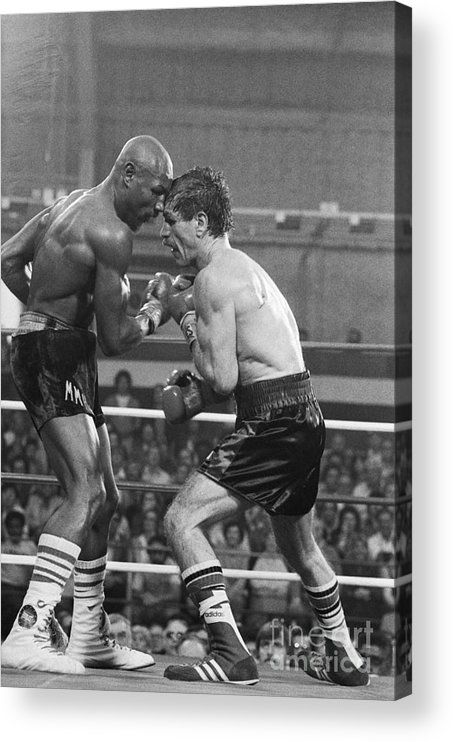 People Acrylic Print featuring the photograph Marvin Hagler Punching Vito Antuofermo by Bettmann