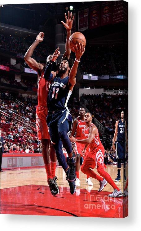 Nba Pro Basketball Acrylic Print featuring the photograph Memphis Grizzlies V Houston Rockets by Bill Baptist