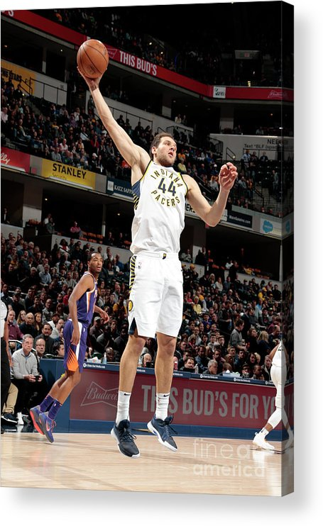 Nba Pro Basketball Acrylic Print featuring the photograph Phoenix Suns V Indiana Pacers by Ron Hoskins