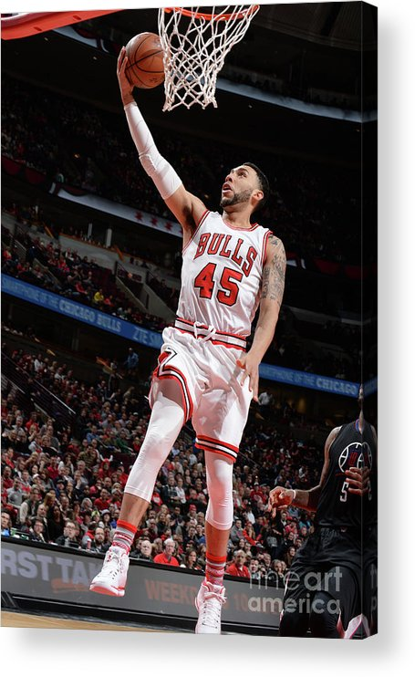 Nba Pro Basketball Acrylic Print featuring the photograph Denzel Valentine by Randy Belice