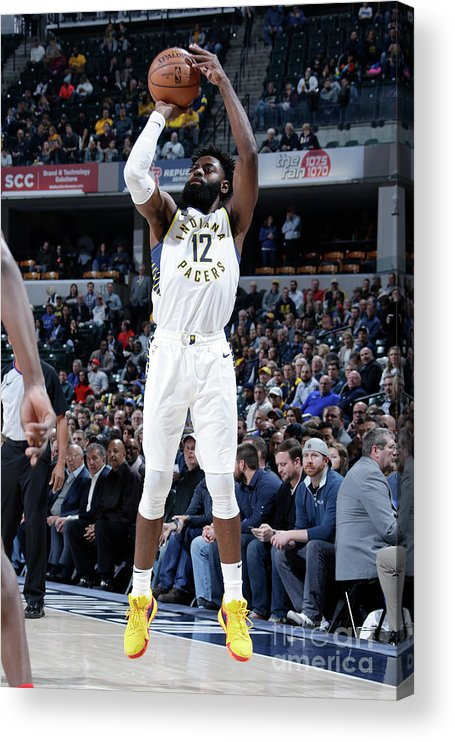 Nba Pro Basketball Acrylic Print featuring the photograph Tyreke Evans by Ron Hoskins