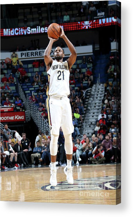 Smoothie King Center Acrylic Print featuring the photograph Darius Miller by Layne Murdoch
