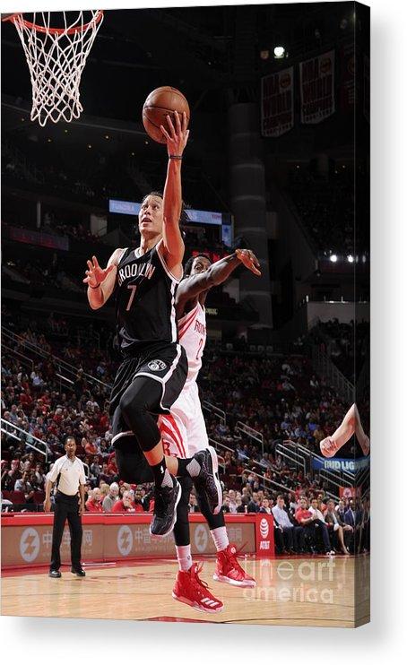 Nba Pro Basketball Acrylic Print featuring the photograph Jeremy Lin by Bill Baptist