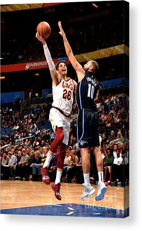 Nba Pro Basketball Acrylic Print featuring the photograph Kyle Korver by Gary Bassing