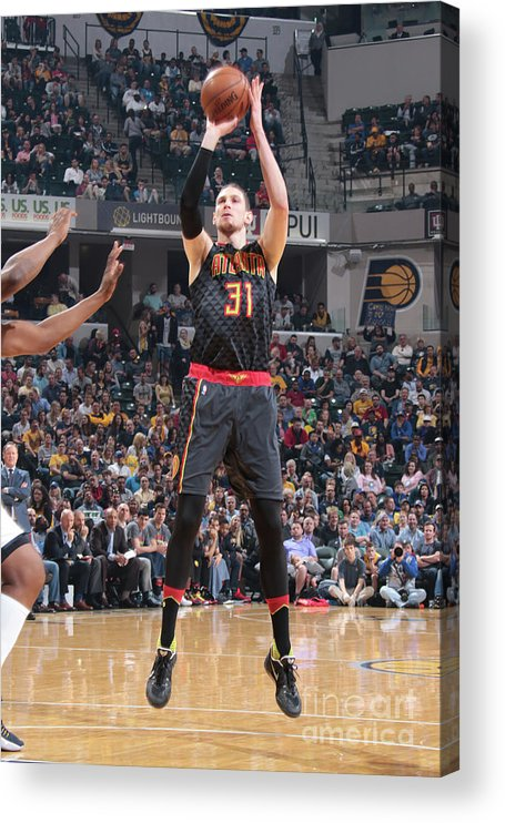 Nba Pro Basketball Acrylic Print featuring the photograph Mike Muscala by Ron Hoskins