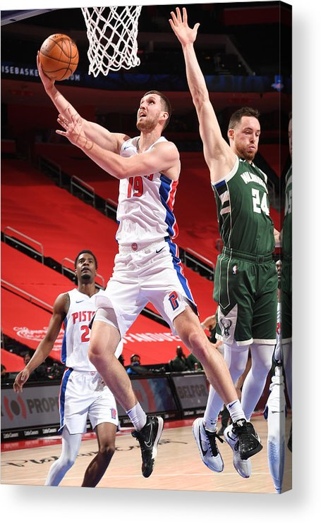 Nba Pro Basketball Acrylic Print featuring the photograph Milwaukee Bucks v Detroit Pistons by Chris Schwegler