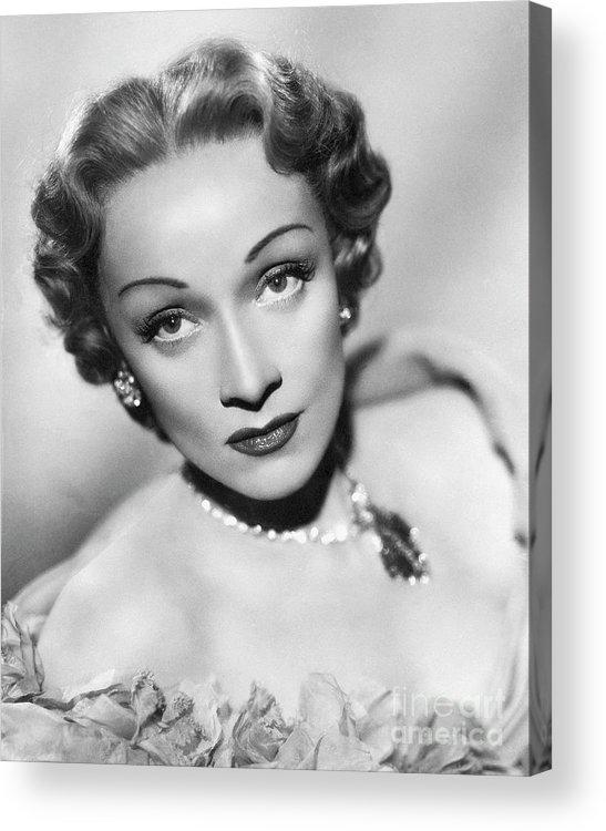 Marlene Dietrich Acrylic Print featuring the photograph Marlene Dietrich by Bettmann