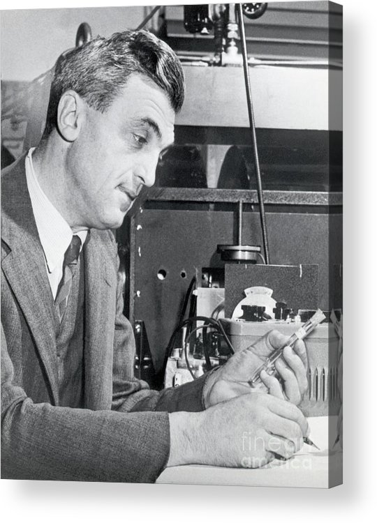Physicist Acrylic Print featuring the photograph Dr. Felix Bloch In A Laboratory by Bettmann