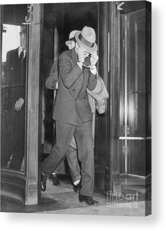 People Acrylic Print featuring the photograph Lucky Luciano Entering Courthouse by Bettmann