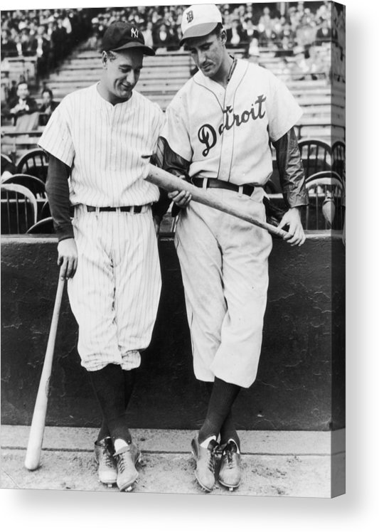 Baseball Cap Acrylic Print featuring the photograph Hank Greenberg and Lou Gehrig by Fpg