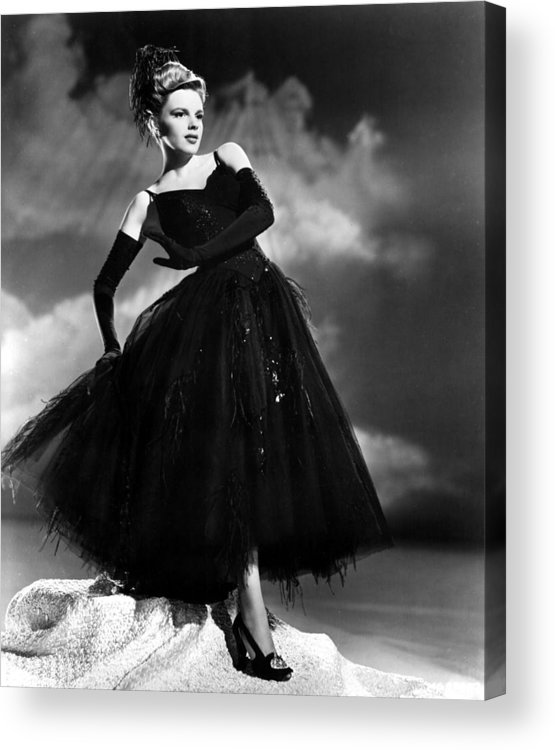 1940s Movies Acrylic Print featuring the photograph Presenting Lily Mars, Judy Garland, 1943 by Everett
