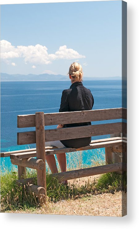 Adult Acrylic Print featuring the photograph Looking by Roy Pedersen