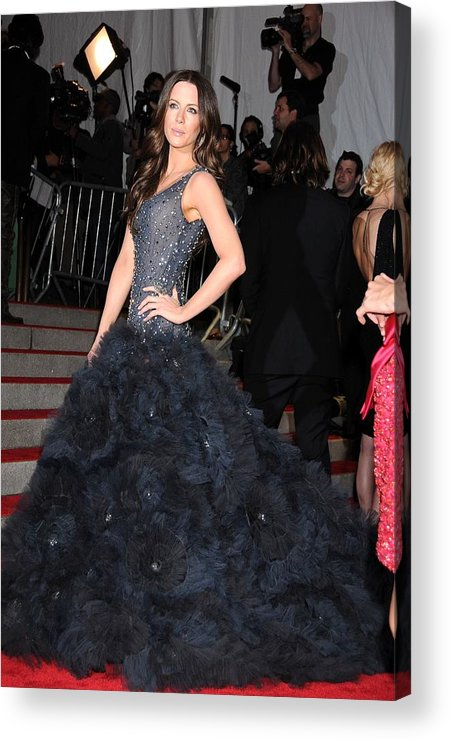 Kate Beckinsale Acrylic Print featuring the photograph Kate Beckinsale Wearing A Marchesa by Everett
