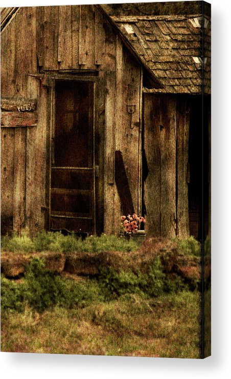 Old Home Acrylic Print featuring the photograph Abandoned by Bonnie Bruno