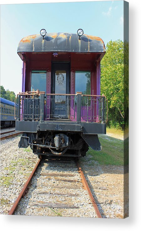 Carolina Southern Acrylic Print featuring the photograph Carolina Southern Dining Car by Suzanne Gaff