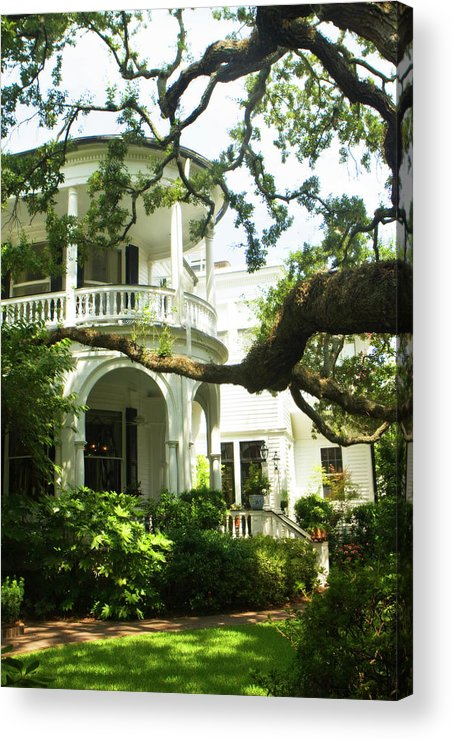 Photo Acrylic Print featuring the photograph Charleston Style 7 by Alan Hausenflock