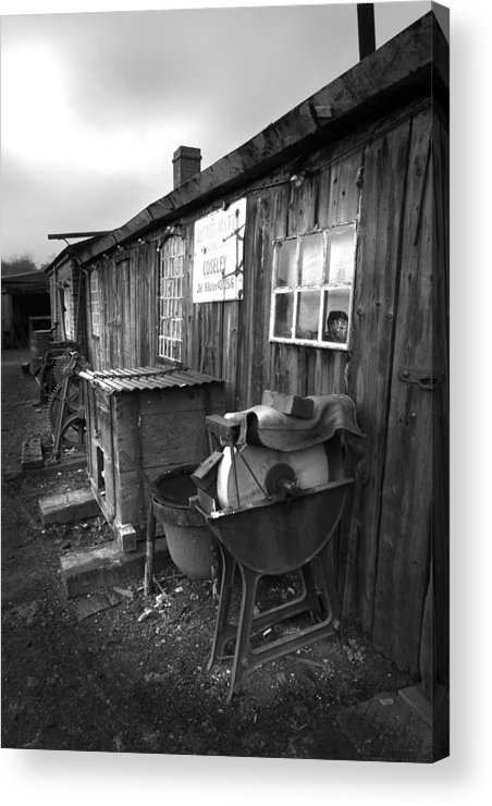Shack Acrylic Print featuring the photograph Cool Shack Too by Bob Kemp