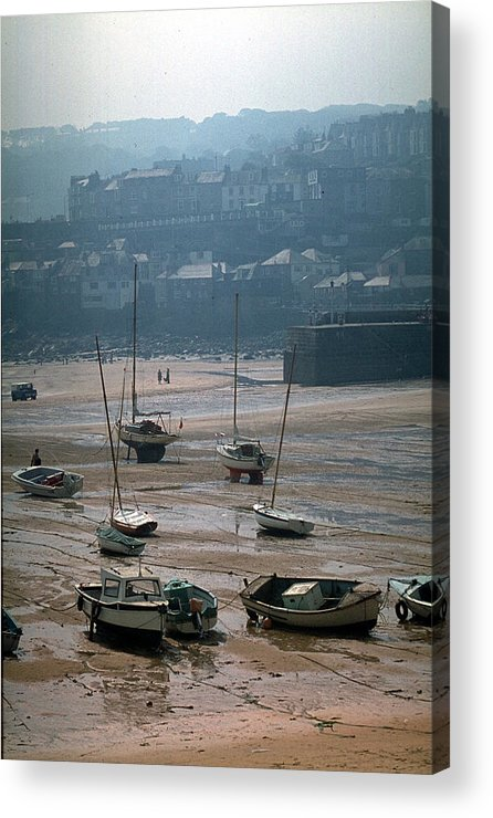 Great Britain Acrylic Print featuring the photograph Harbor IIi by Flavia Westerwelle