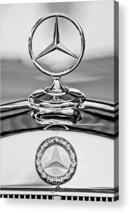Mercedes-benz Hood Ornament Acrylic Print featuring the photograph Mercedes Benz Hood Ornament 2 by Jill Reger