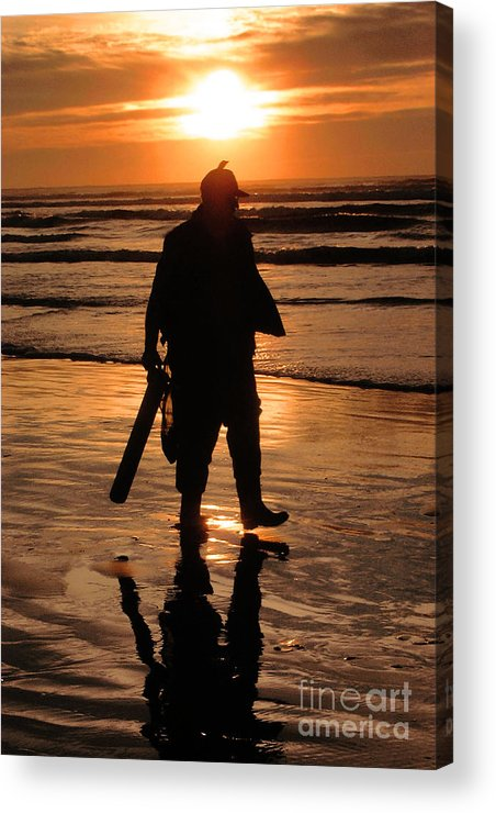 Pacific Acrylic Print featuring the painting Razor Clam Hunter by Larry Keahey