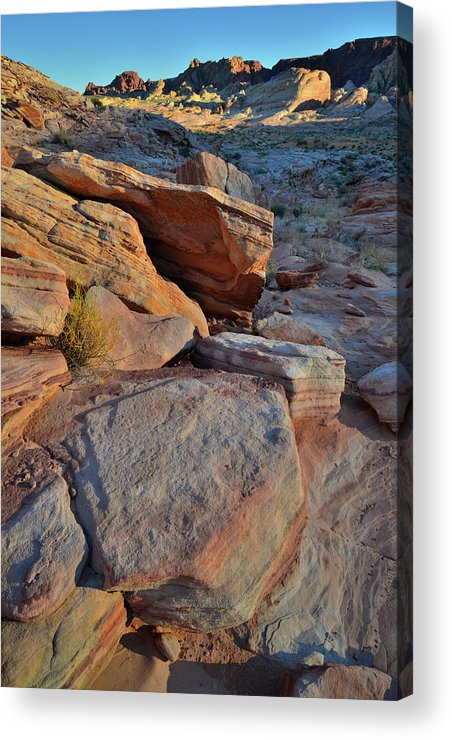 Valley Of Fire State Park Acrylic Print featuring the photograph Sunlight Fades Out On Valley Of Fire by Ray Mathis