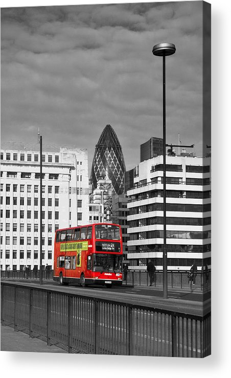 London Acrylic Print featuring the photograph The No 43 To London Bridge by Hazy Apple