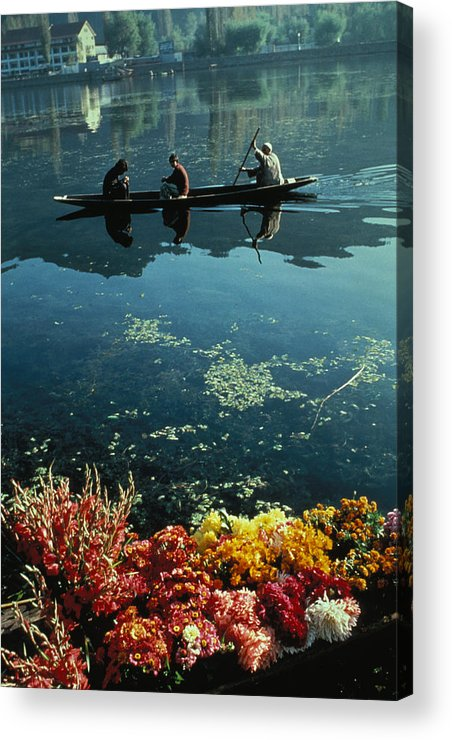 Boats Acrylic Print featuring the photograph Vale Of Kashmir by Carl Purcell