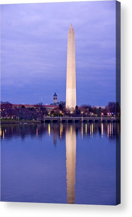 Washington Acrylic Print featuring the photograph Washington Refelection by Ches Black