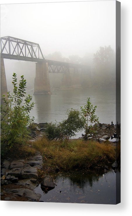 Scenic Tours Acrylic Print featuring the photograph Rain N Fog by Skip Willits