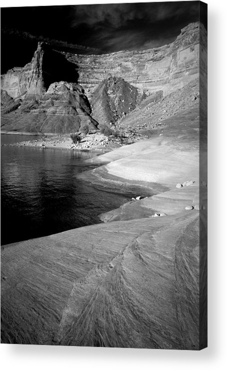 Photography Acrylic Print featuring the photograph Sandstone Shoreline And Cliffs Lake Powell by Tom Fant