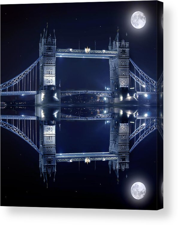 Architecture Acrylic Print featuring the photograph Tower Bridge In London By Night by Jaroslaw Grudzinski