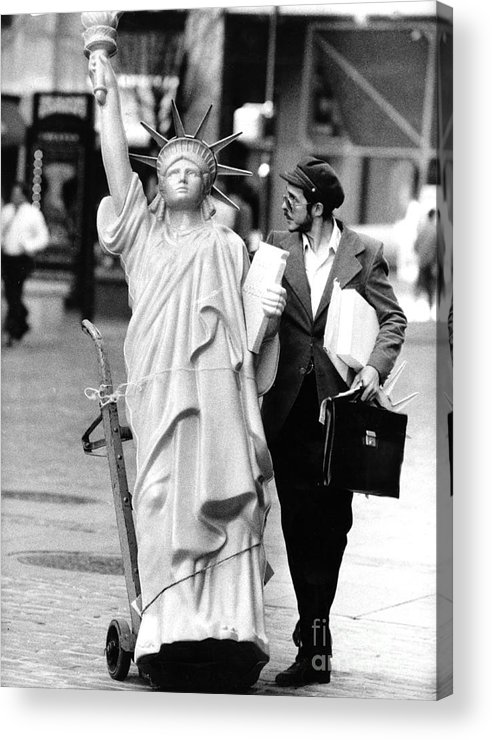 1980-1989 Acrylic Print featuring the photograph A Model Of Lady Liberty Was Being Sold by New York Daily News Archive