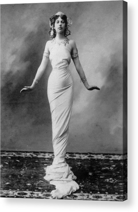 War Acrylic Print featuring the photograph Mata Hari by Hulton Archive