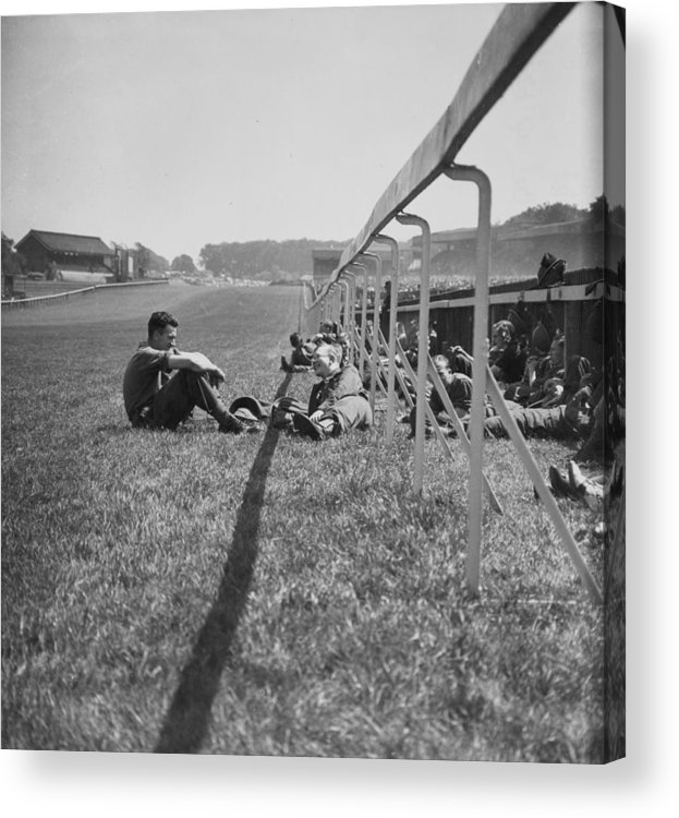 Grass Acrylic Print featuring the photograph Wartime Derby by Bert Hardy
