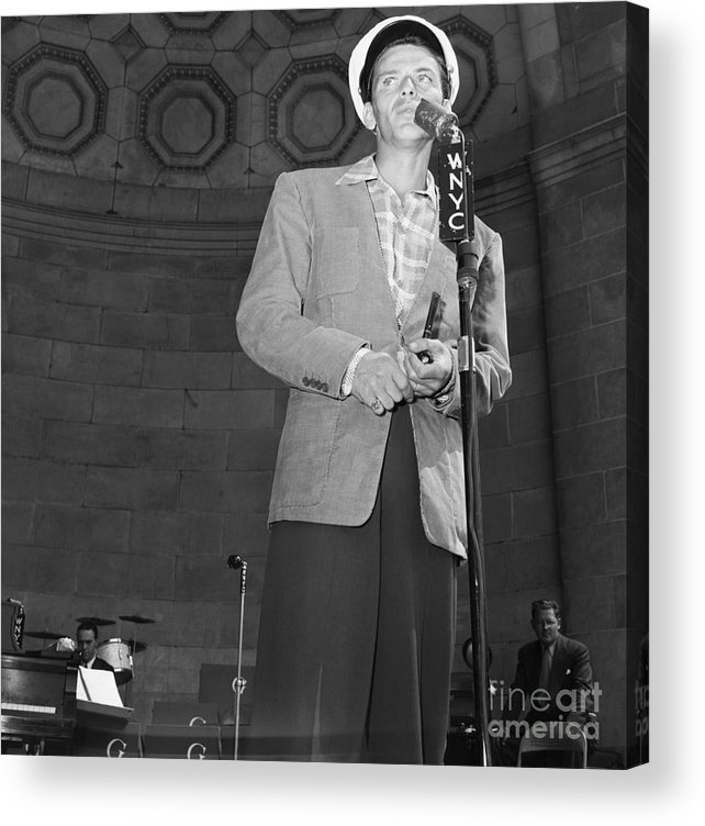 Young Men Acrylic Print featuring the photograph Frank Sinatra Crooning Into Microphone by Bettmann