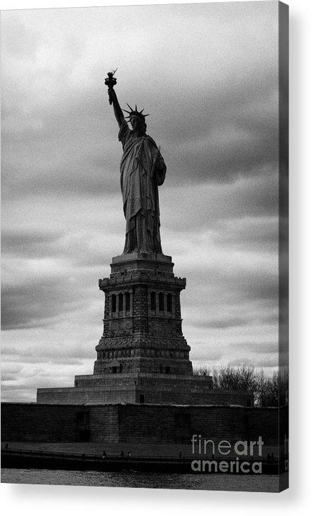 Usa Acrylic Print featuring the photograph Statue Of Liberty New York City by Joe Fox