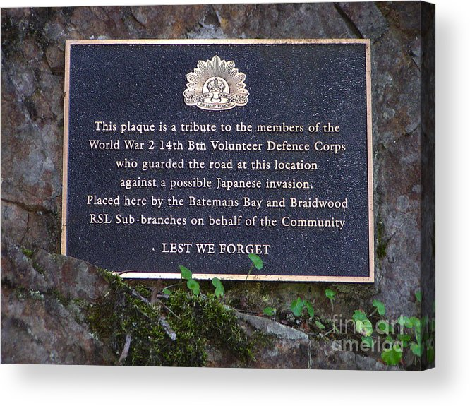 Plaque Acrylic Print featuring the photograph Lest We Forget by Joanne Kocwin